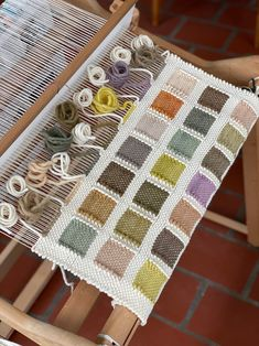 Weave Podcast Episode Weaving and Foraging with Kayla Powers in Detroit - . - Weave Podcast Episode Weaving and Foraging with Kayla Powers in Detroit – Weave Podcast - Weaving Loom Diy, Straw Weaving, Weaving Art, Tapestry Weaving, Basket Weaving, Weaving Textiles, Weaving Patterns, Diy Couture, Weaving Projects