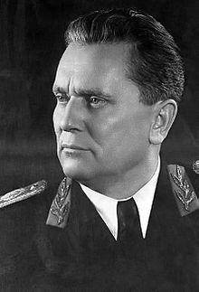 Josip Broz, bijgenaamd (maarschalk) Tito (Kumrovec, 7 mei 1892 – Ljubljana, 4 mei 1980) was een Joegoslavisch politicus en partizanenleider. Van 1953 tot 1980 was hij de president van Joegoslavië.