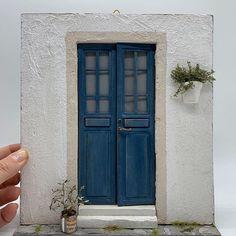 08 Dollhouse Miniature Door scene By Carlotta Rossi (