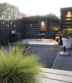 Inspiratie | Buiten | Patio lichtslingers Premium @zebranostyling - Cotton Ball Lights Small Backyard Patio, Backyard Patio Designs, Backyard Pergola, Pergola Designs, Pergola Ideas, Back Gardens, Outdoor Gardens, Landscape Design, Garden Design