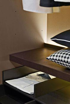 Wardrobe Backstage  Bu0026B Italia   Design Of Antonio Citterio