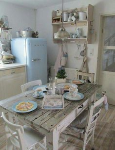 5 Outstanding Hacks: Shabby Chic Table Entry Ways shabby chic estilo.Shabby Chic Ideas Blush Pink shabby chic home cozy.Shabby Chic Home Cozy. Cocina Shabby Chic, Estilo Shabby Chic, Shabby Chic Homes, Shabby Cottage, Cottage Chic, Shabby Chic Storage, Cottage Bath, Shabby Home, Shabby Chic Interiors