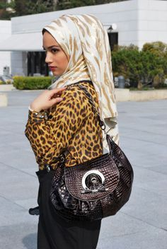 Hijabs & Co