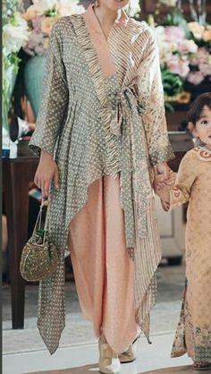 A-Line Wedding Dresses Collections Overview 36 Gorgeou… Kebaya Modern Dress, Kebaya Dress, Dress Pesta, Muslim Fashion, Modest Fashion, Hijab Fashion, Fashion Outfits, Emo Outfits, Blouse Batik