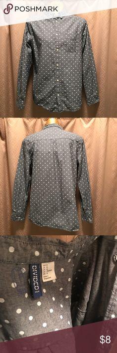 Men's - H&M Polkadot Dresshirt - Medium Gently Used. Great condition! H&M Shirts Dress Shirts