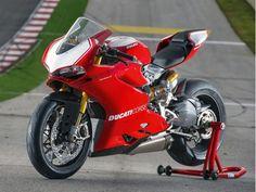 Panigale R, uma Ducati de pista nascida para as ruas