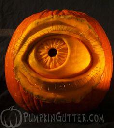 ☆ Eyeball Pumpkin Carving ☆