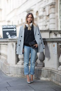 cuffed maternity jeans,kitten heels, comfy sweater and a coat to accommodate a growing belly