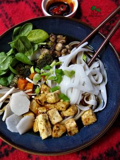 Tofu, Ramen, Kung Pao Chicken, Lunch Box, Chinese, Meat, Dinner, Ethnic Recipes, Dining