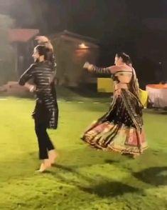 Best Wedding Dance, Wedding Dance Video, Indian Wedding Video, Garba Dance Video, Garba Video, Ballet Dance Videos, Dance Choreography Videos, Garba Songs, Beautiful Girl Dance