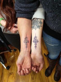 Had the pleasure of tattooing these matching unalomes for mother and daughter today at Happy Sailor Tattoo. All machine free and poked by me......