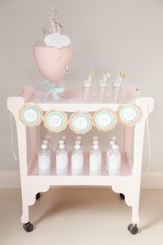 Pastel Ice Cream Social via Kara's Party Ideas | Cake, decor, cupcakes, games and more! KarasPartyIdeas.com #icecreamsocial #iceceamparty #neighborhoodsocial #partyplanning #partyideas #partydecor22