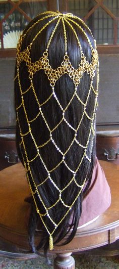 Brass and Pearl Fishnet Chainmail Headdress (2013) by adrianwelchart on deviantART