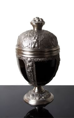 DL Kings Goblet Candle