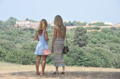 Enjoy this amazing view on www.theromachic.com  #italy #park #friends #rome
