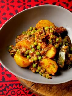Aloo Mutter (Potato & Pea Curry) Hmmmm....wonder if this is what we were served at the Gurdwara?