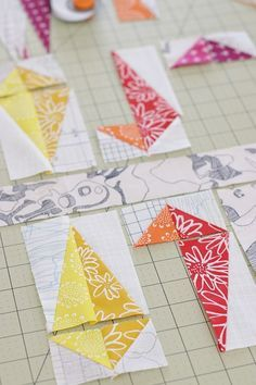How to sew and trim half rectangle triangles (HRTs) - Kirsty of Bonjour Quilts