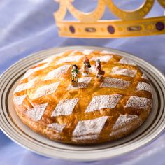 Découvrez la recette Galette aux pommes caramélisées sur cuisineactuelle.fr.