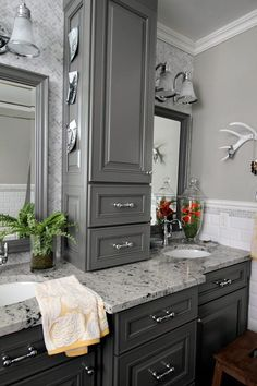 Easter and spring home tour Lots of easy and affordable farmhouse-style decorating ideas! Easter and spring home tour Lots of easy and affordable farmhouse-style decorating ideas! Small Bathroom, Master Bathroom, Bathroom Ideas, Shower Bathroom, Master Bath Vanity, Shower Rooms, Vanity Bathroom, Bathroom Inspo, Budget Bathroom