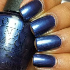 I have a new OPI collection to show you. This time, OPI and the Major League Baseball teamed up to create a limited edition collec. Opi Nail Polish Colors, Opi Polish, Opi Nails, Nail Manicure, Nail Colors, Nail Polishes, Fabulous Nails, Gorgeous Nails, Pretty Nails