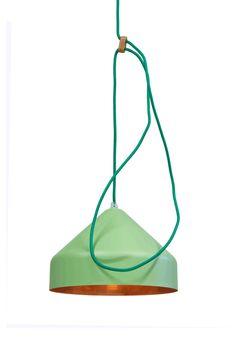 green & copper light Llus Vij5