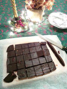 Fudge 2 s Cookie Recipes, Dessert Recipes, Desserts, Dessert Ideas, Kolaci I Torte, Healthy Deserts, Cake Cookies, Lchf, Fudge