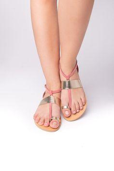 Flandra pink gold - Leather sandals #pink #FlatSandals #AnkleStrap #handmade #SummerShoes #sandals #leather #women #GreekSandals #gold Ankle Straps, Ankle Strap Sandals, Gold Leather, Real Leather, Shoes Flats Sandals, Pink Sandals, Flat Sandals, Leather Sandals Flat, Designer Sandals