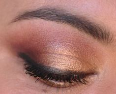 Shimmery tan eyeshadow from Too Faced Chocolate Bar Palette via @Mary Kone