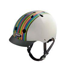 El uso de casco es indispensable cada vez que salgas andar en bicicleta. ¡Úsalo y protege tu vida!