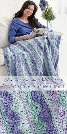 Summer Mist Throw - Free Crochet Pattern + Video Tutorial Wonderful crochet blanket pattern & Video tutorial #crochet #blanket #homedecorideas #craft