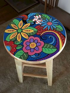 The best 70 ideas for amazing DIY recycling and upcycling projects - furniture diy projects Art Furniture, Funky Furniture, Colorful Furniture, Upcycled Furniture, Furniture Projects, Furniture Makeover, Furniture Design, Antique Furniture, Wooden Furniture