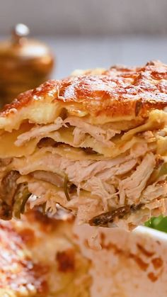 40 cloves of garlic? The post 40 Clove Garlic Chicken Lasagna appeared first on Tasty Recipes. One Dish Meals Tasty Recipes Easy Healthy Recipes, Easy Dinner Recipes, Easy Meals, Easy Recipes For Two, Wrap Recipes, Dessert Recipes, 40 Clove Garlic Chicken, Chicken Bacon, Bbq Chicken