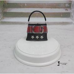 Sac à main N°277 pour poupée Barbie, Fashion Royalty, Silkstone,Poppy Parker, fait-main par F3788 | F3788 Accessoires Barbie, Poppy Parker, Butter Dish, Blog, Purse, Handmade, Molle Pouches, Barbie Dolls, Handbags
