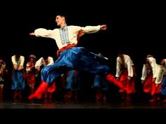 Virsky /Ukrainian National Folk Dance Ensemble/ I used to dance Hopak! Folk Dance, Dance Art, Dance Music, Shall We Dance, Just Dance, Ukraine, Ukrainian Christmas, Ukrainian Art, Canadian History