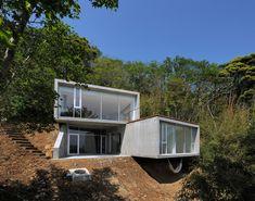 florian busch architects: 'A' house in kisami