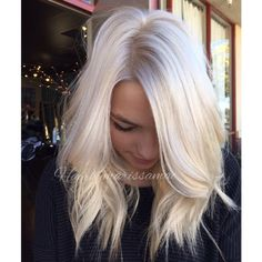"""Marissa Neel, of Republic Salon in Folsom, Calif., Wanted to give her natural brown client a cool, blond makeover – with an extra twist. """"Our inspiration was the idea of a"""" breath """"of lavender … Source by Love Hair, Great Hair, Gorgeous Hair, Platinum Blonde Hair, Ice Blonde Hair, Icy Blonde, Cool Blonde, Bleach Blonde, Blonde Highlights"""