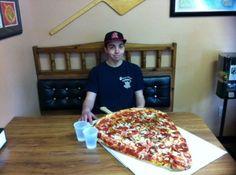 VOU COMER SÓ UMA FATIA DE PIZZA; tô de regime!
