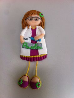 Bonecas do 1069, boneca enfermeira em fimo