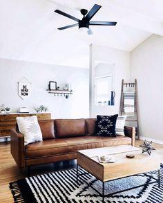 Axel Leather Sofa Home Decor – Mobilier de Salon Boho Living Room, Home And Living, Modern Living, Small Living, Bohemian Living, Minimalist Living, Minimalist Decor, Living Area, Appartement Design