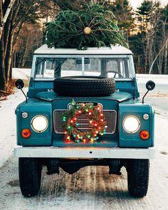 Christmas is coming! Christmas Car, Christmas Scenes, Christmas Is Coming, Merry Christmas, Christmas Images, Country Christmas, Christmas Holidays, Days Until Xmas, Subaru