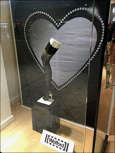Wolford Leg Up on Valentine's Day Aux