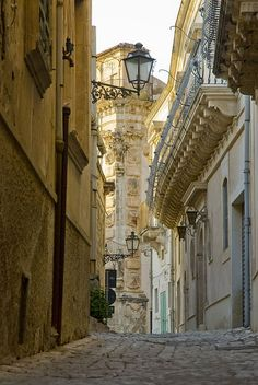 Palazzo Beneventano in Ragusa - Sicily, Italy. Italy Vacation, Italy Travel, Places In Italy, Places To Visit, Wonderful Places, Beautiful Places, Beautiful Streets, Ragusa Sicily, Sicily Italy