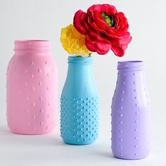 Inspiration: by A.C. Moore crafts: Turn cheap $1 thrift shop glass wear into decorative ‪#‎flower‬ vases . Use any DESIGN MASTER Color Tool products with ‪#‎puffypaint‬ and add some flare to any space. These also make Amazing Party Favors!!   Explore any of our colors here: http://dmcolor.com/products/  https://instagram.com/p/BFZZWLbnAie/