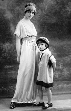 Jeanne Lanvin - Collection 'Enfants' - Tunique 'Russe' - 1914