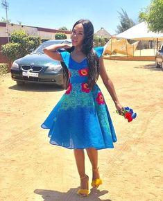 Venda Traditional Attire, Tsonga Traditional Dresses, African Traditional Wear, Traditional Outfits, African Fashion Dresses, African Dress, Fashion Women, Style Fashion, Zulu