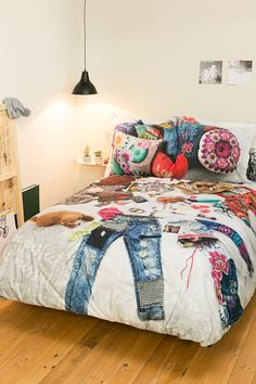 Messy Bed Bedding by Desigual: Daniadown Bed Bath & Home Girls Bedroom, Bedroom Sets, Girl Room, Bedroom Decor, Master Bedroom, Messy Bed, Deco Boheme, Rustic Bedding, Blue Bedding
