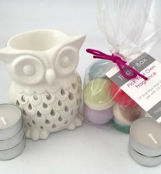 Our Scented Soya Wax Melt Starter Kit, including a pretty owl oil burner, 10 hand-poured scented soya wax melts of your choice and 5 tealights to get you started. This makes the perfect gift or a special treat to fragrance your home.    Hand-poured using 100% natural soya wax, presented in a clear block bottom cellophane bag and finished with a silk cord bow. Our soya wax melts have been created using quality high grade oils and we use a high concentration of fragrance to make sure that each…