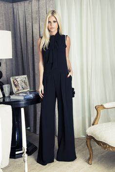 Look do dia … – my site Office Outfits, Chic Outfits, Fashion Outfits, Womens Fashion, Look Fashion, Fashion Beauty, Jumpsuit Elegante, Black Wardrobe, Looks Black