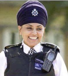 Sikh Police Women--WOW-I didn't realize women wore dastar too.  Learn something new, now to do some research.  COOL.