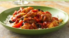 Enjoy this slow cooked chicken, rice and veggies dinner. Perfect if you love Spanish cuisine.